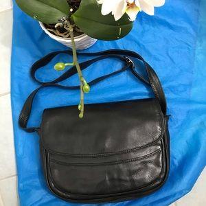 Vera Pelle leather crossbody bag